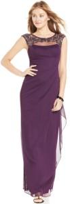 cantik dengan gaun ungu