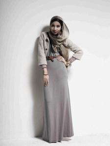 hijab abu-abu