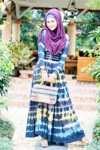 hijab biru