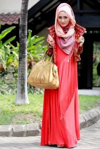 hijab merah