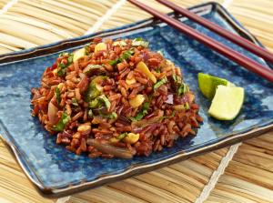 cegah kantuk saat puasa dengan beras merah