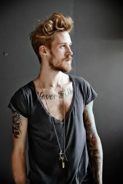 model rambut laki-laki keren