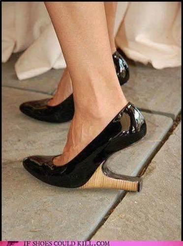 sepatu unik 3