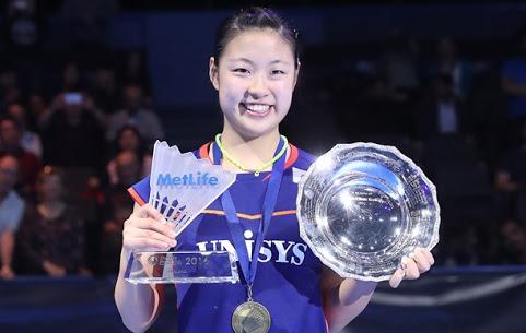 Juara all england nozomi okuhara