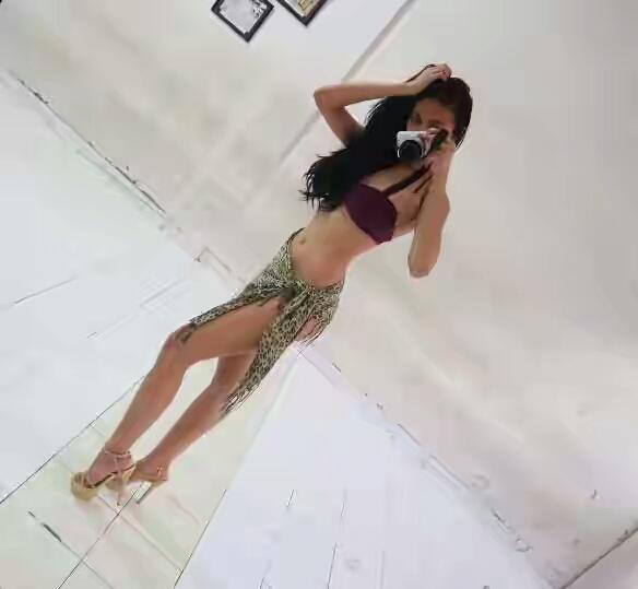 Foto bikini ariska putri pertiwi