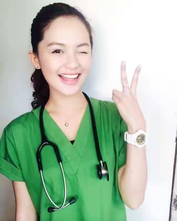 Dokter sunat cantik