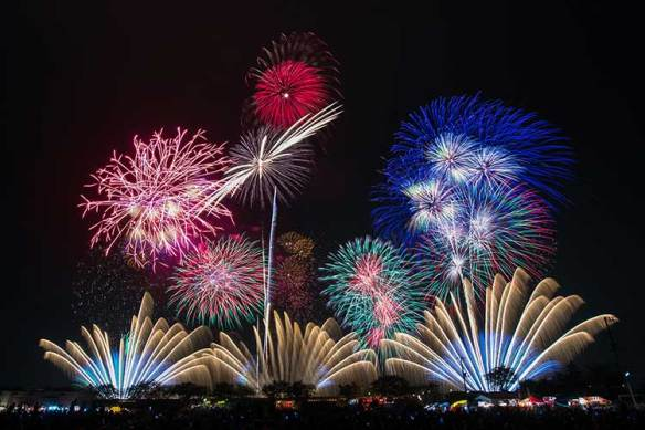 19 Kata Mutiara Untuk Tahun Baru 2019 Sebarkanorg